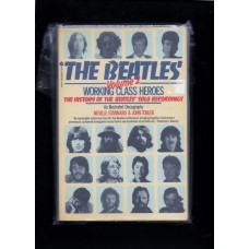 1983 THE BEATLES VOLUME 2 WORKING CLASS HEROS - RARE !!